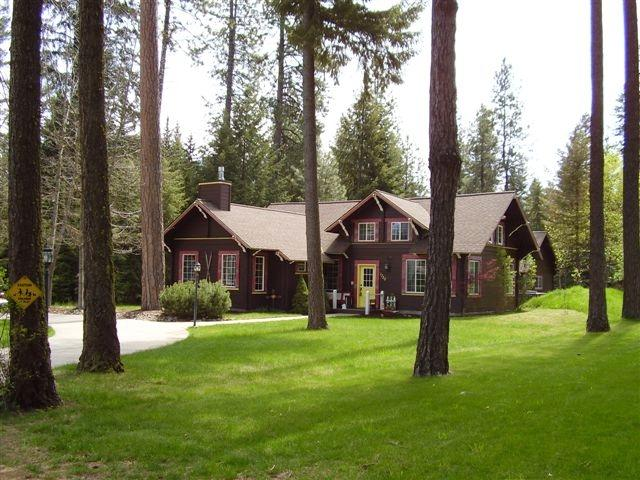 Charming year 'round or vacation home on .72 Acre lot